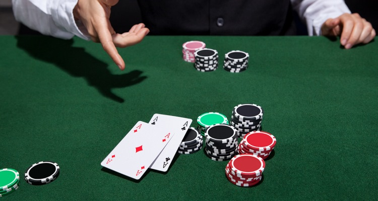 Poker Online: Become an Experienced Internet Poker Gamer